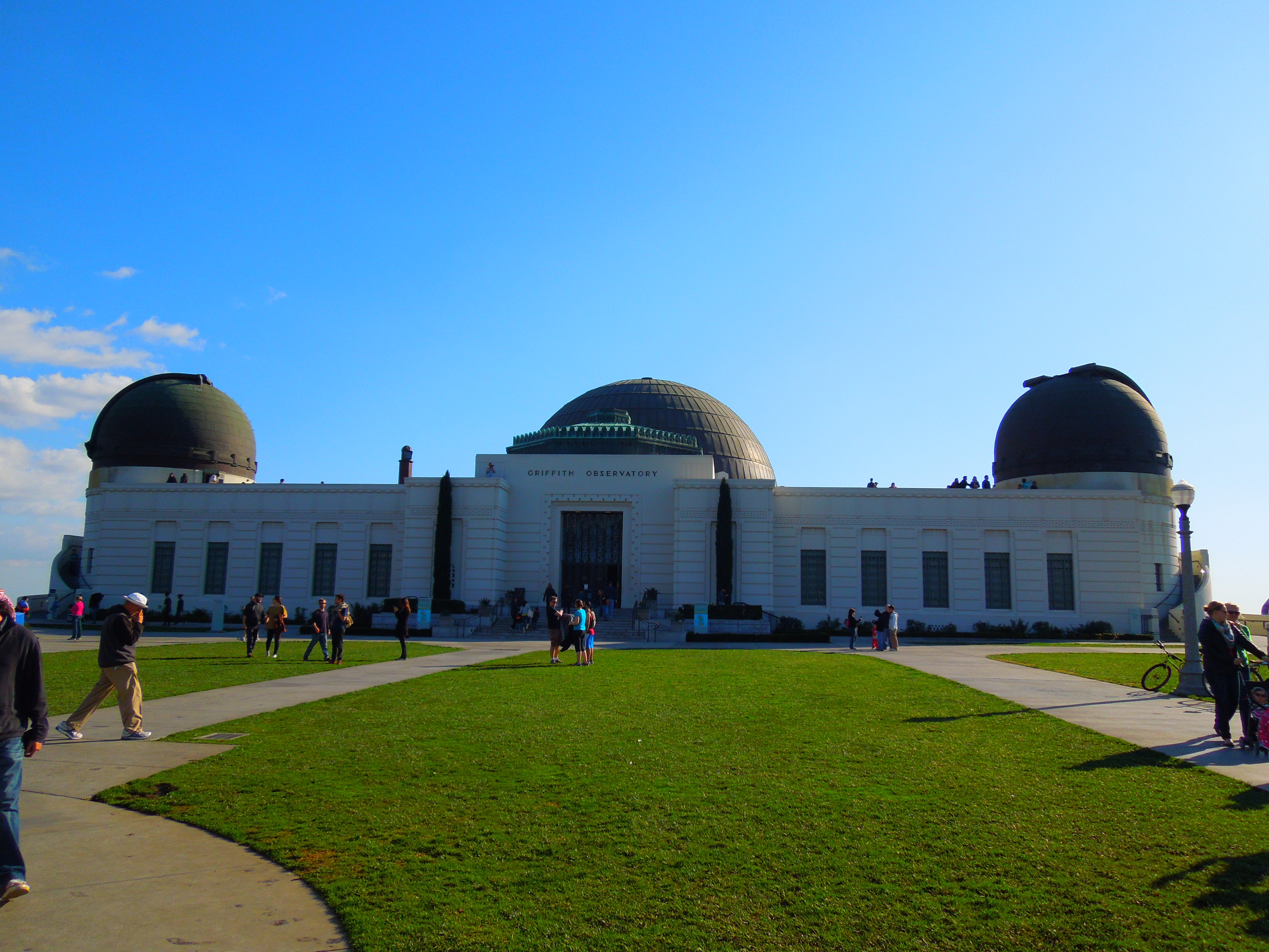 the griffith observatory Griffith observatory sits on the south face of mount hollywood and overlooks the los angeles basin its location gives visitors impressive views of the surrounding area but there's more than just .