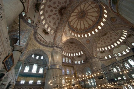Blue-Mosque-_Interior-view-of-the-Blue-Mosque_3351
